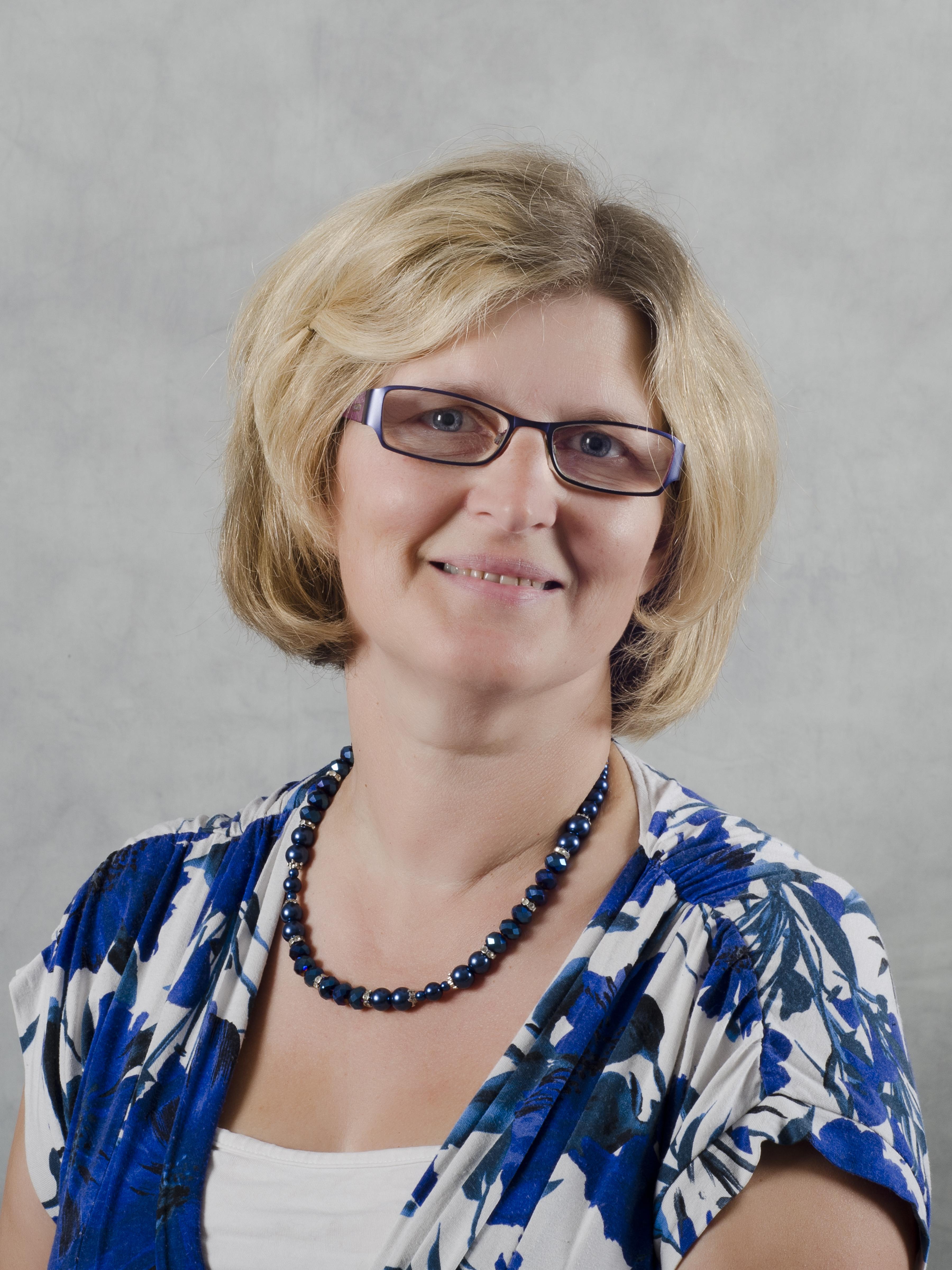 Denise Knight - Teacher of Chemistry