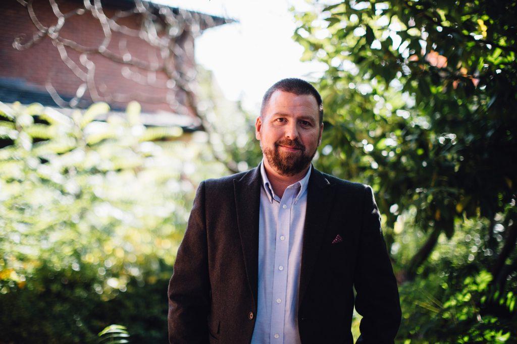 Principal - Uly Lyons