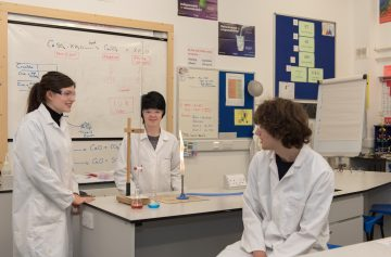 Image for story Students receive award for the Nuffield Research Placement